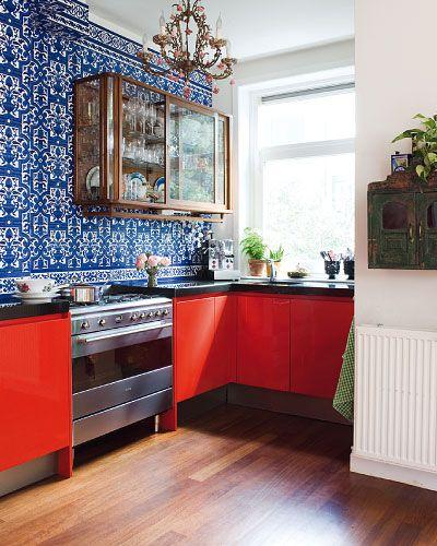 cool red and blue kitchen marjon hoogervorst taverne ageny wohnen k che pinterest k che. Black Bedroom Furniture Sets. Home Design Ideas
