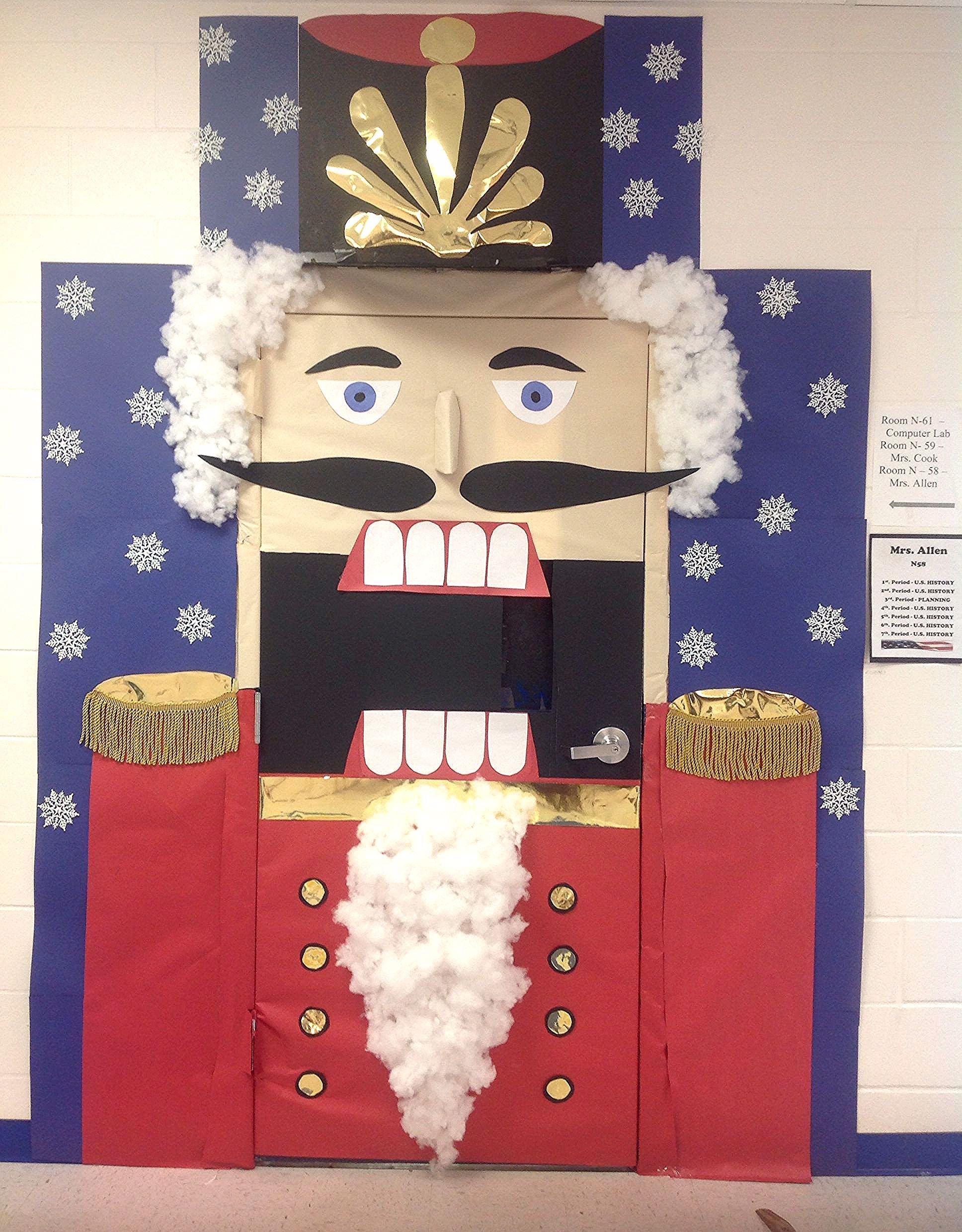 Décorations De Porte #christmasdoordecorationsforschool Christmas Door Decoration Ideas for School Best Of Nutcracker Classroom Door Decor for Christmas #christmasdoordecorationsforschool