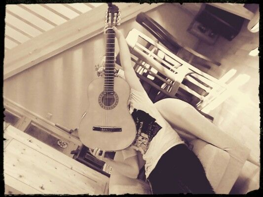 THE GUITAR!