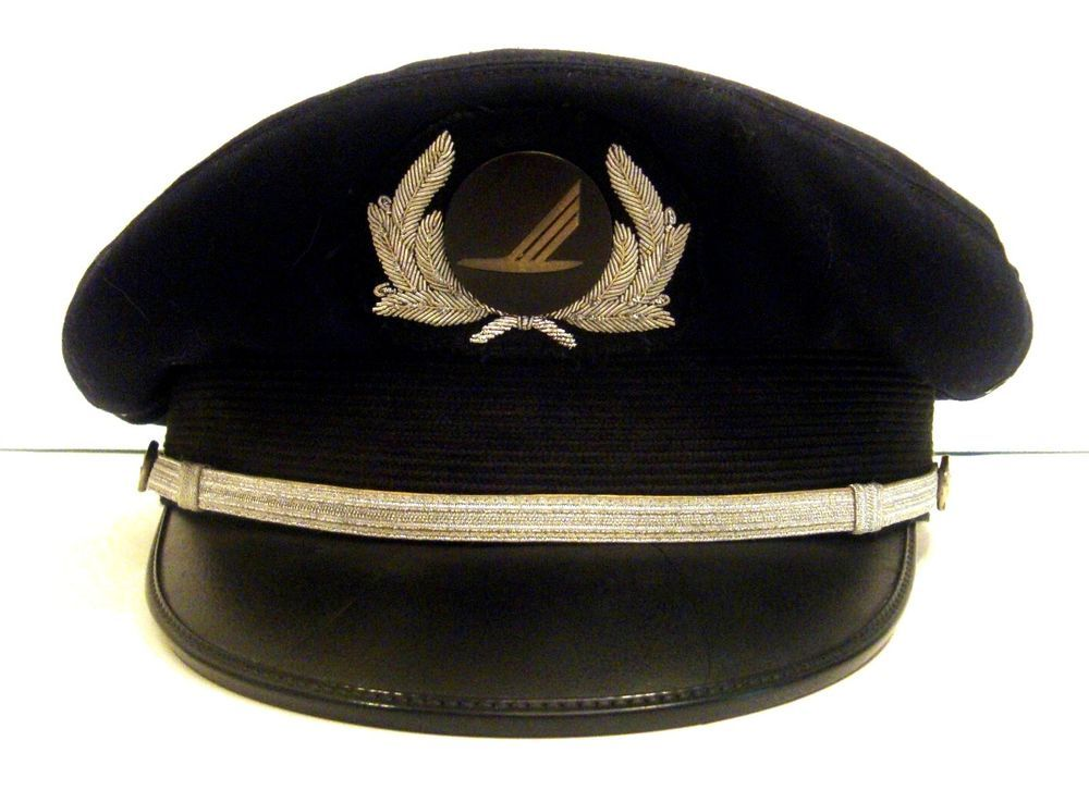 Vintage Piedmont Airlines Pilot Captain Hat Cap with 4th Fourth Issue Badge  RARE 91dd26ade214