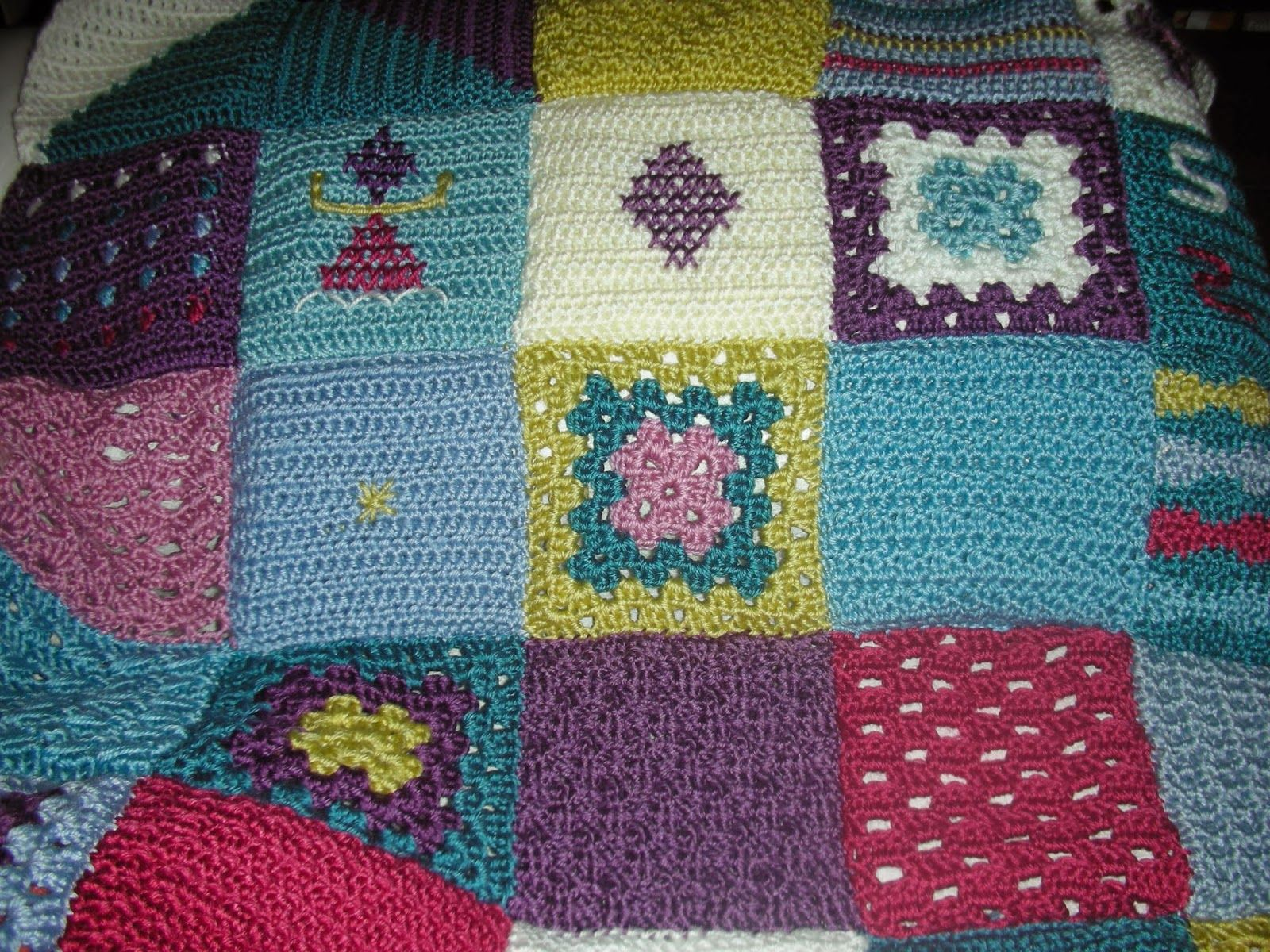 Vistoso Patrón De Crochet Libre Para Manto De Oración Cresta - Manta ...