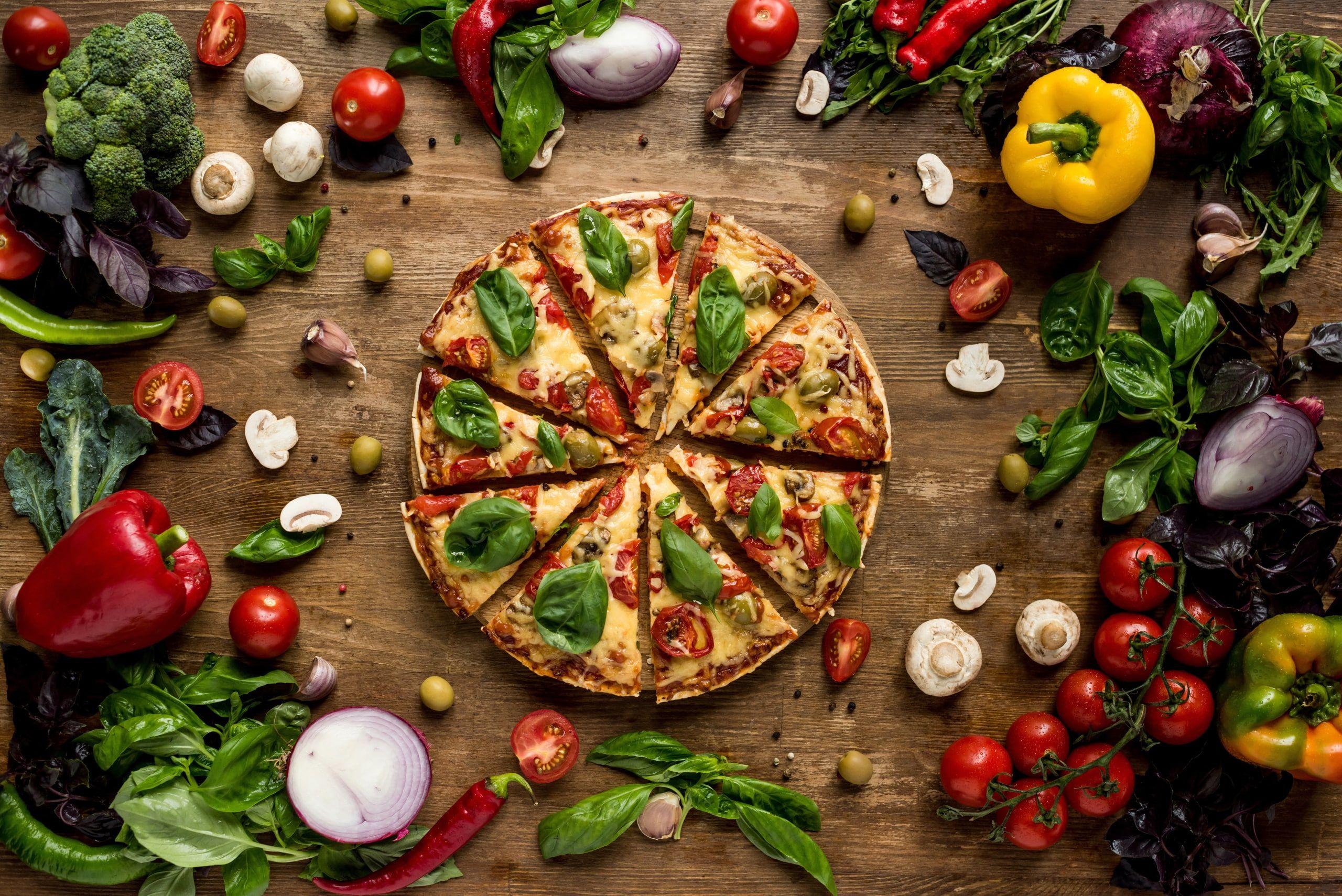 Pizza Food Vegetables Fruit 2k Wallpaper Hdwallpaper Desktop Pizza Day Healthy Eating Food Combining