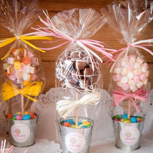 Diy wedding décor with buckets centerpieces