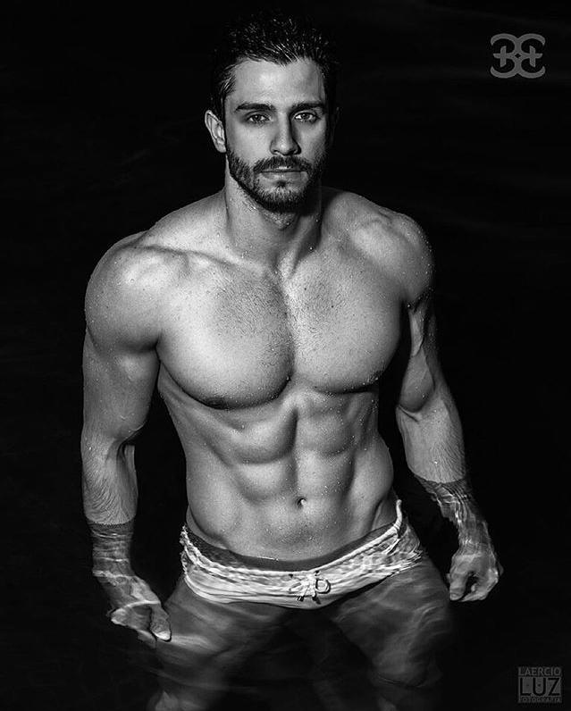 Finest Nude Male Physique Modles Pictures