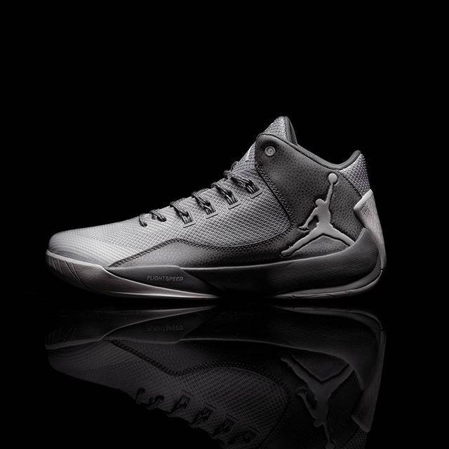 Nike Air Jordan Rising High 2