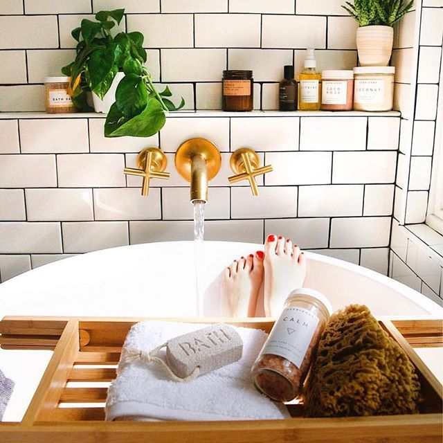 This. is. healing . How do you unwind after a long day? Tell us  #theeverygirlcoffeetalk || photo by @newdarlings