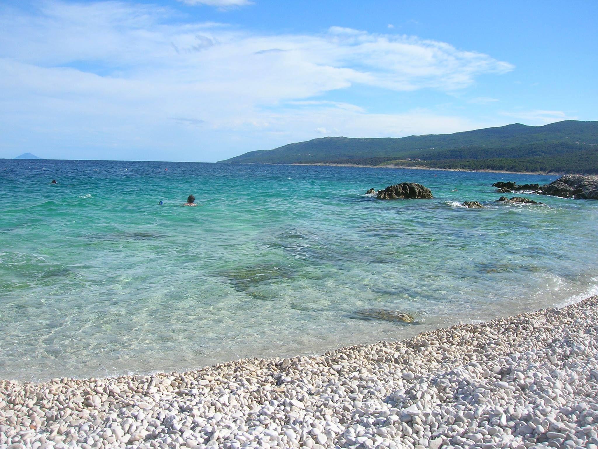Girls talk: How to approach Croatian women   Croatia Times