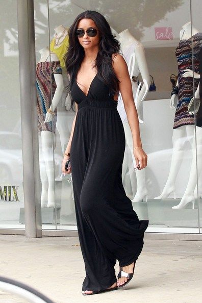 Maxi dresses for body shapes