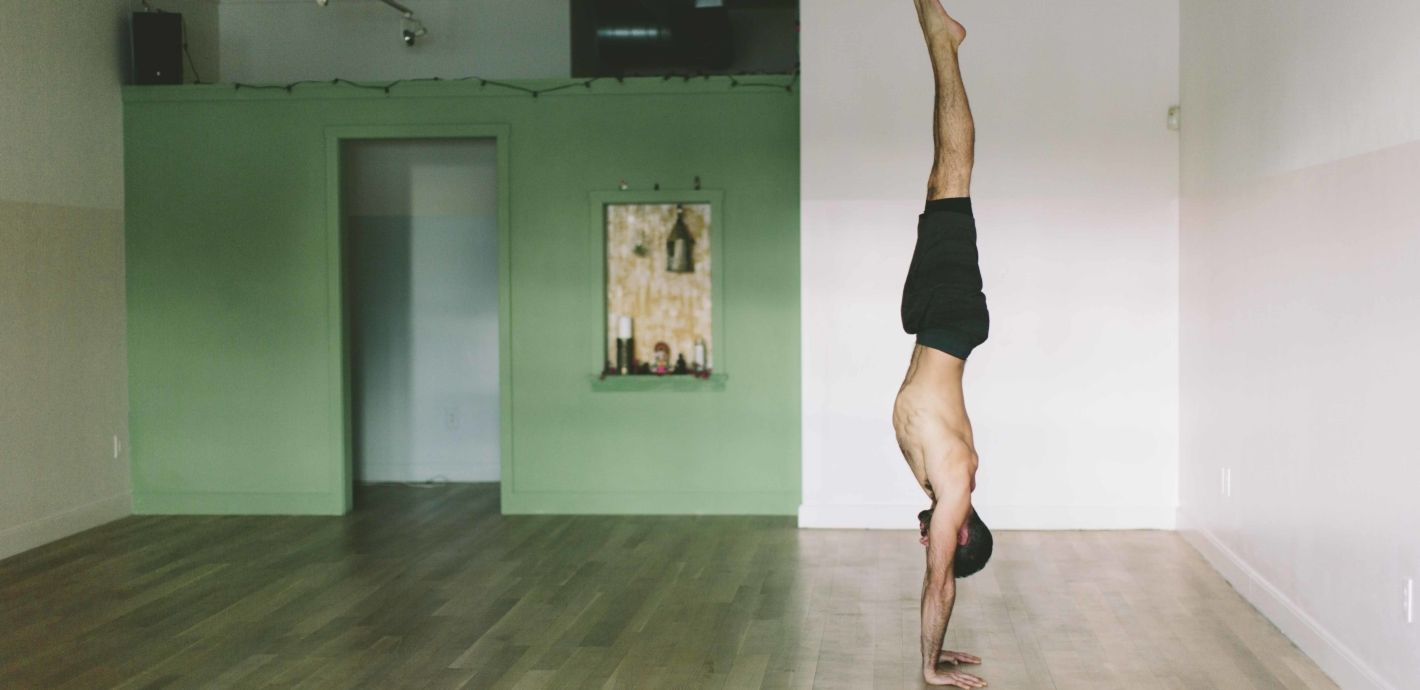 Learn how to build safely up to handstands and other arm balances in the yoga practice through strengthening your wrists and shoulders.