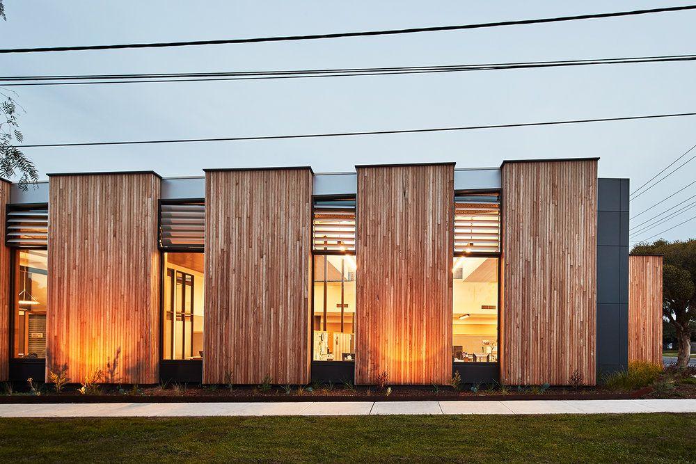 Mckenzie Street Aged Services Centre Designed By K20 Architecture Roof Colorbond Steel Lysaght Klip Lok 700 Hi Strength Modern Exterior Cladding Architecture