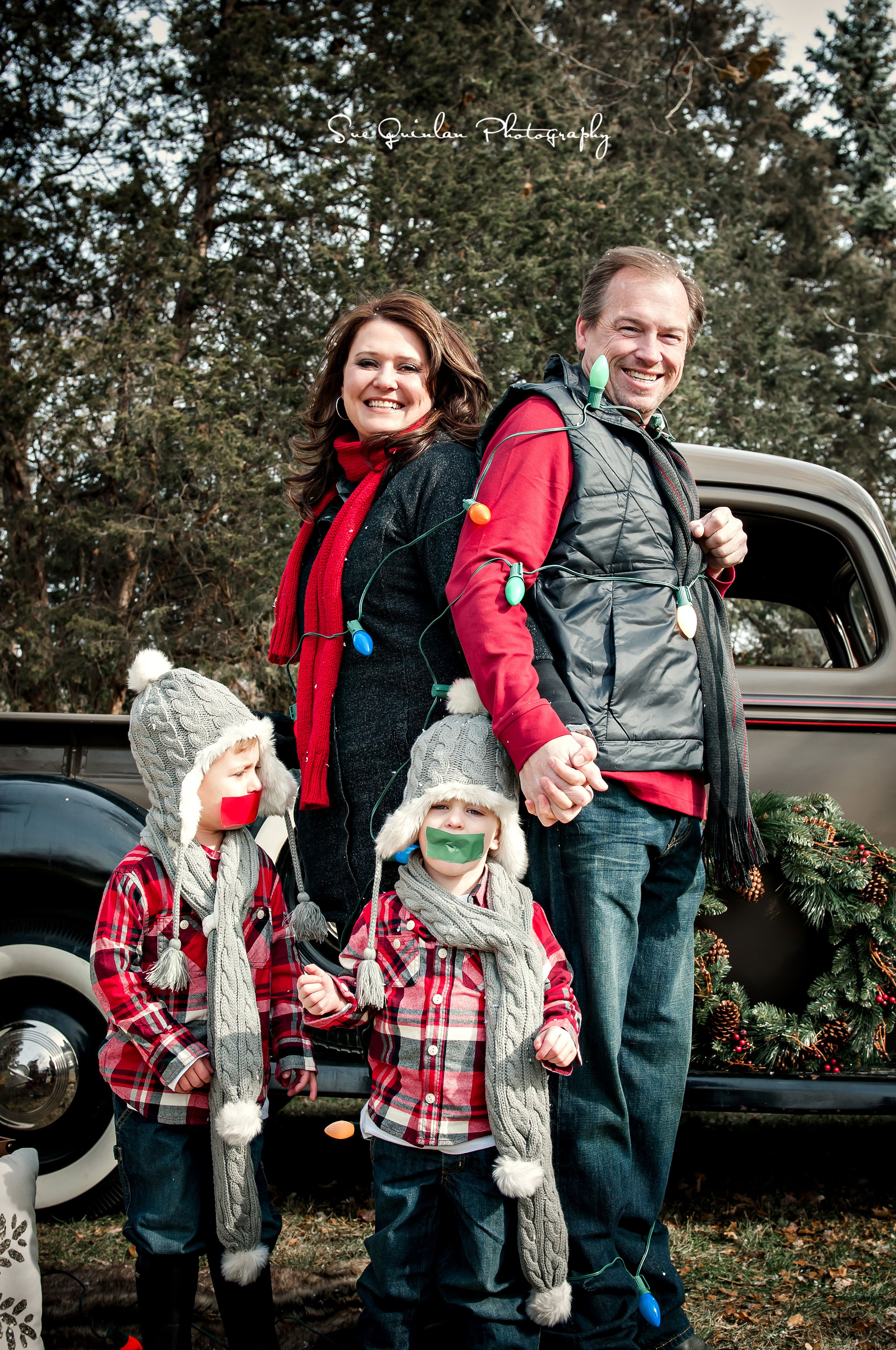 Outdoor Holiday Photo Shoot, Christmas Mini Session