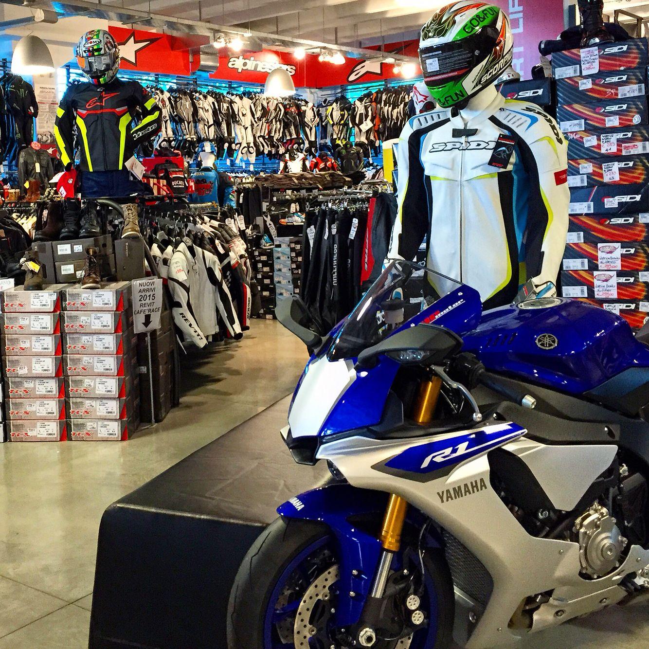 New #Yamaha R1 at #Megastore #Valerisport!!! We wait you