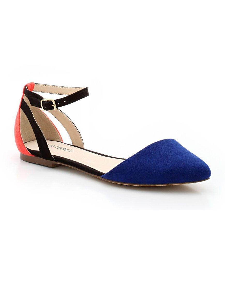 KissMyShoe - Choisis tes shoes en ligne, achète-les en magasin