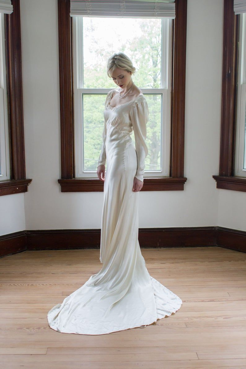 Reserved Antique 1930 S Silk Satin Long Sleeve Wedding Gown Size Small Medium Rare Genuine Art Deco Long Sleeve Wedding Gowns Wedding Gown Sizes Wedding Gowns With Sleeves [ 1191 x 794 Pixel ]