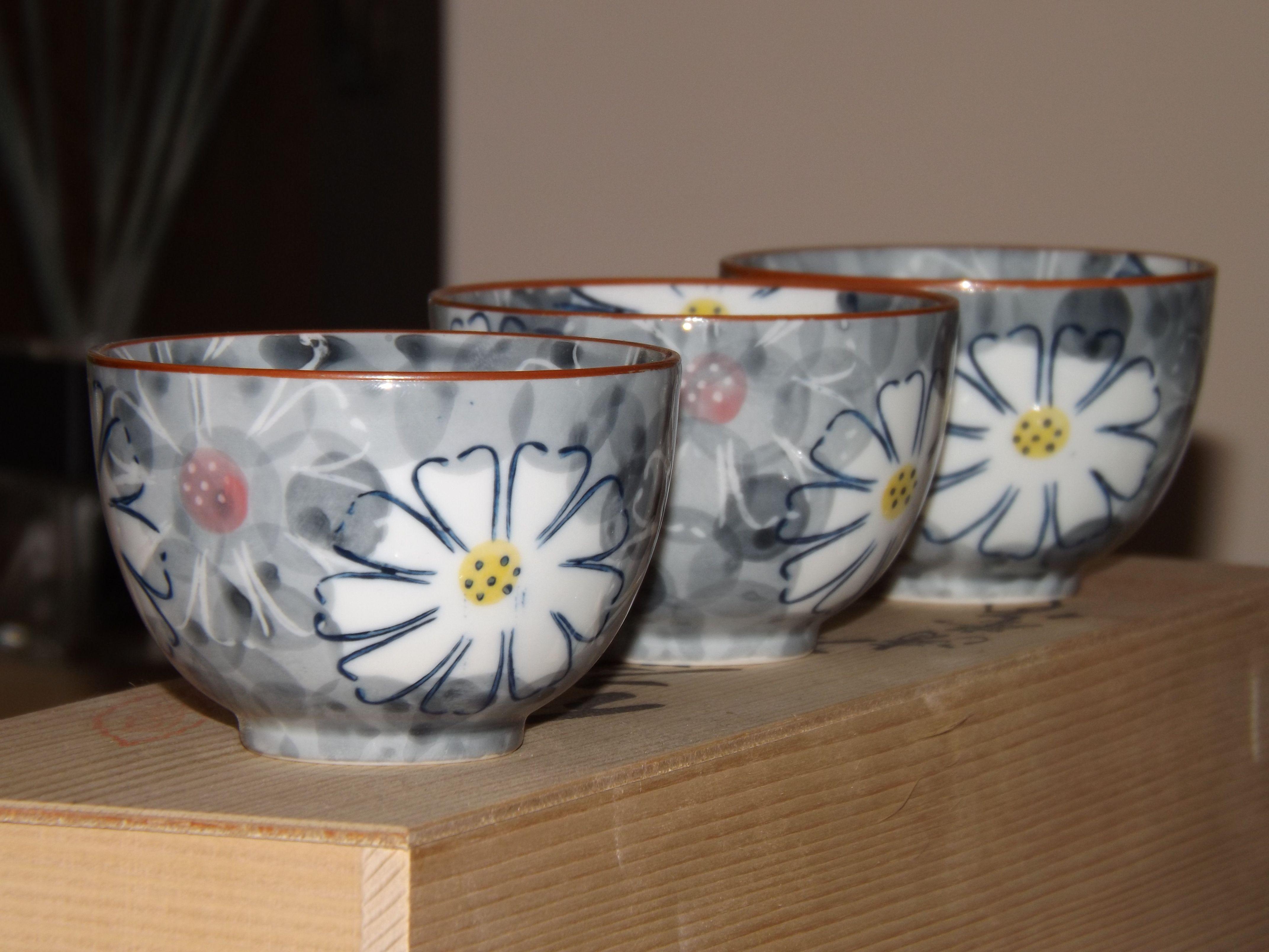 set di ciotole in veramica Giapponese. #itesoricoloniali #ciotole #ceramica #giappone #arredamento #design