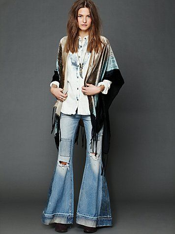Velvet Ombre Ruana Shawl. http://www.freepeople.com/whats-new/velvet-ombre-ruana-shawl/