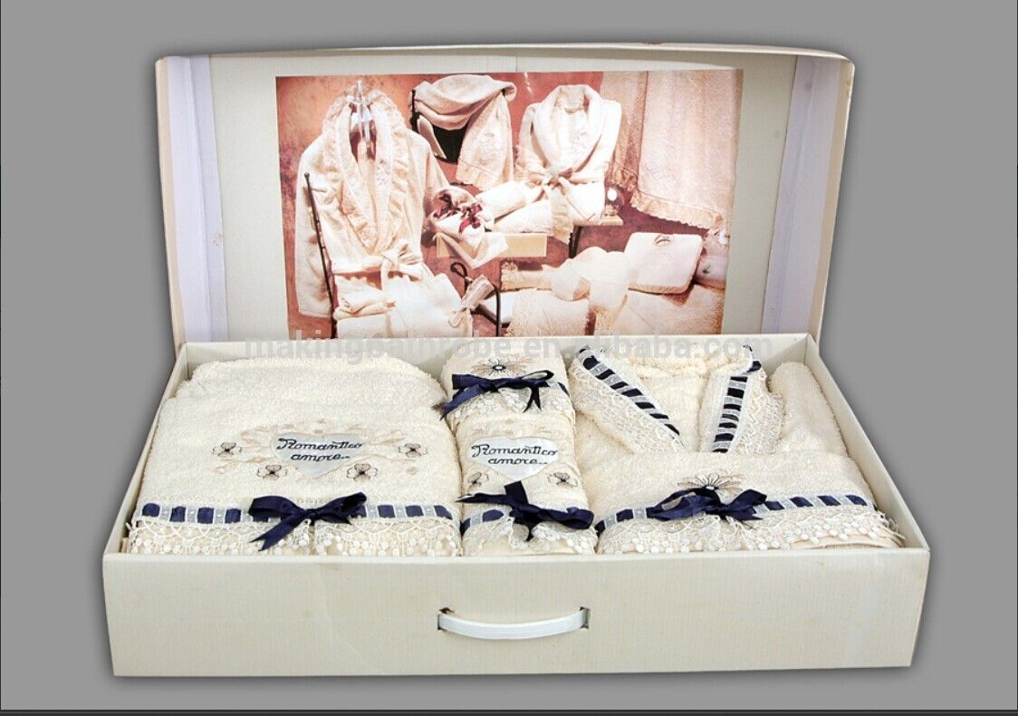 Terry Sweet Couple Bathrobe   Towels Gift set with Embroidery   Lace ... 4474723be