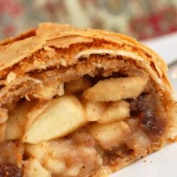 Authentic Austrian Apple Strudel - the Daring Bakers