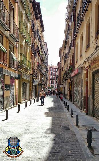 El rastro por la calle de la ruda llegamos a la plaza de - Cascorro madrid rastro ...