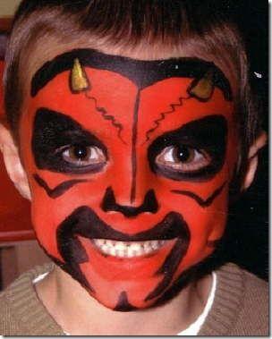 Maquillaje de diablo halloween ni os halloween es la for Cara pintada diablo
