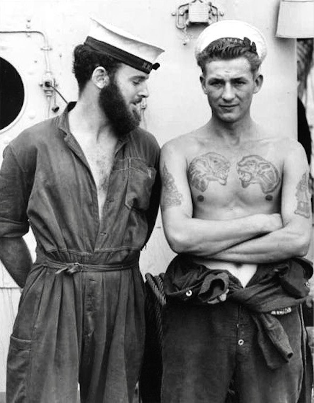 андрея черно белые фото моряков листопадные