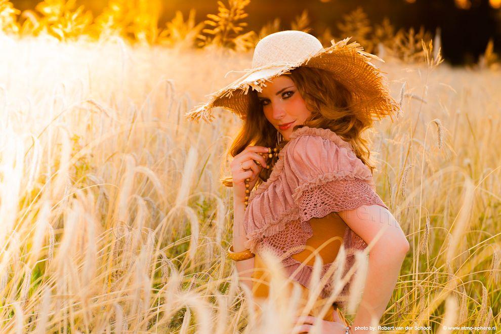 Hot farmgirl in cornfield