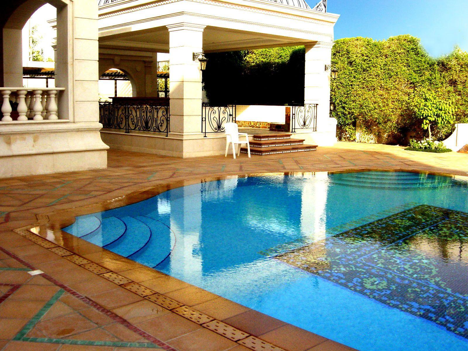 Cer mica para piscinas este material adem s de la - Diseno de piscinas ...