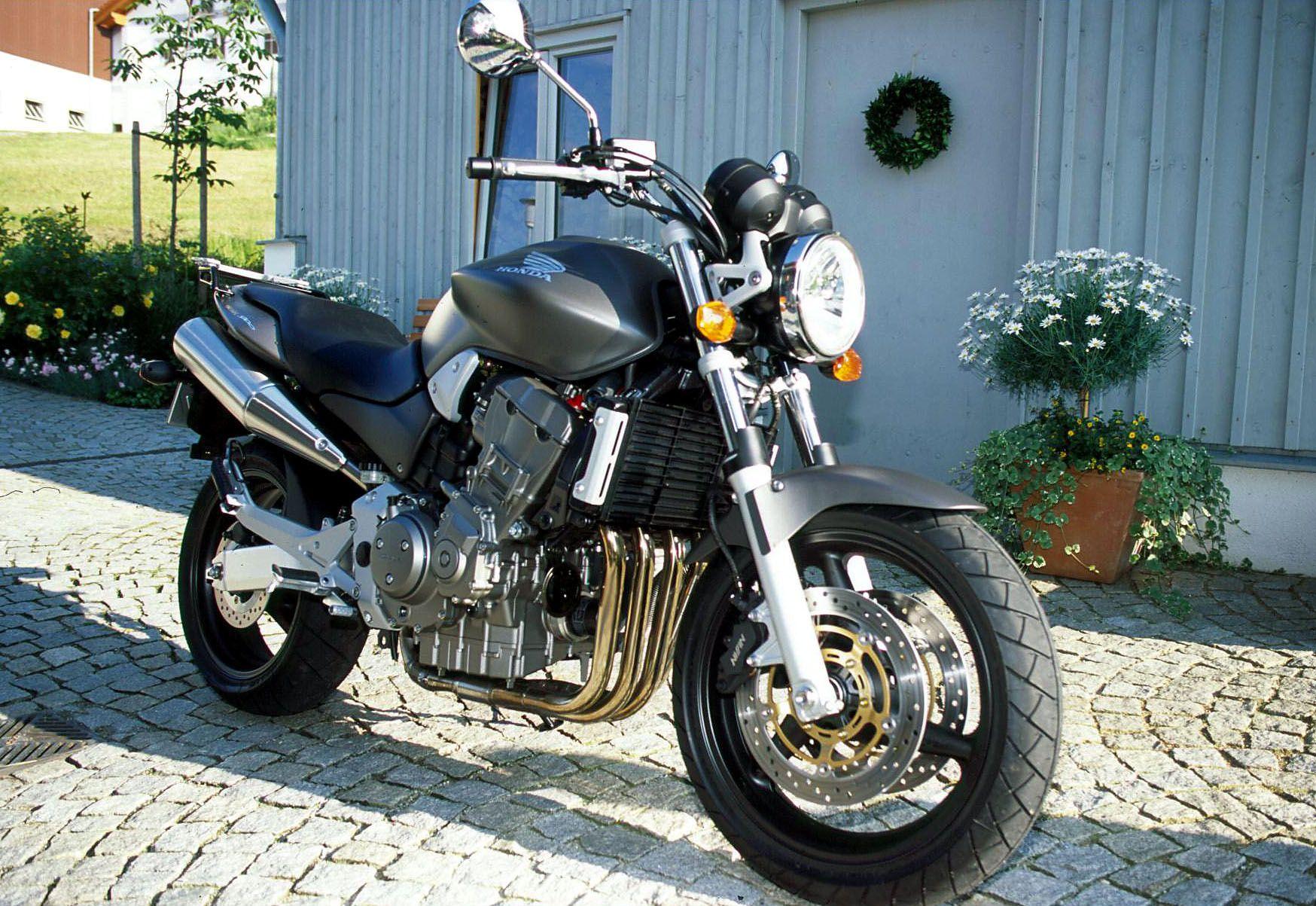 honda cb 900 hornet 2 wheeler world pinterest honda motorcycles honda et moto bike. Black Bedroom Furniture Sets. Home Design Ideas