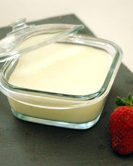 Bonjour et bienvenue dans mon blog cuisine aujourd 39 hui nous allons pr parer un yaourt maison - Fabrication de yaourt maison sans yaourtiere ...
