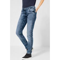 Tapered Jeans für Damen #makeupgoals