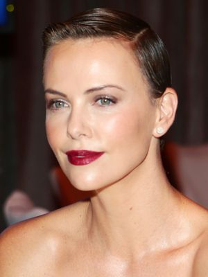 Charlize Theron Hair Styles and Colors Through the Years