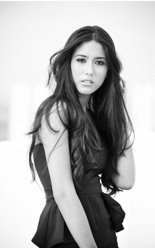 Krysthelle Barretto • Panaminian Fashion Model • Photo: Sergio Madrid • rooftop photoshoot • black dress • #pty #panama