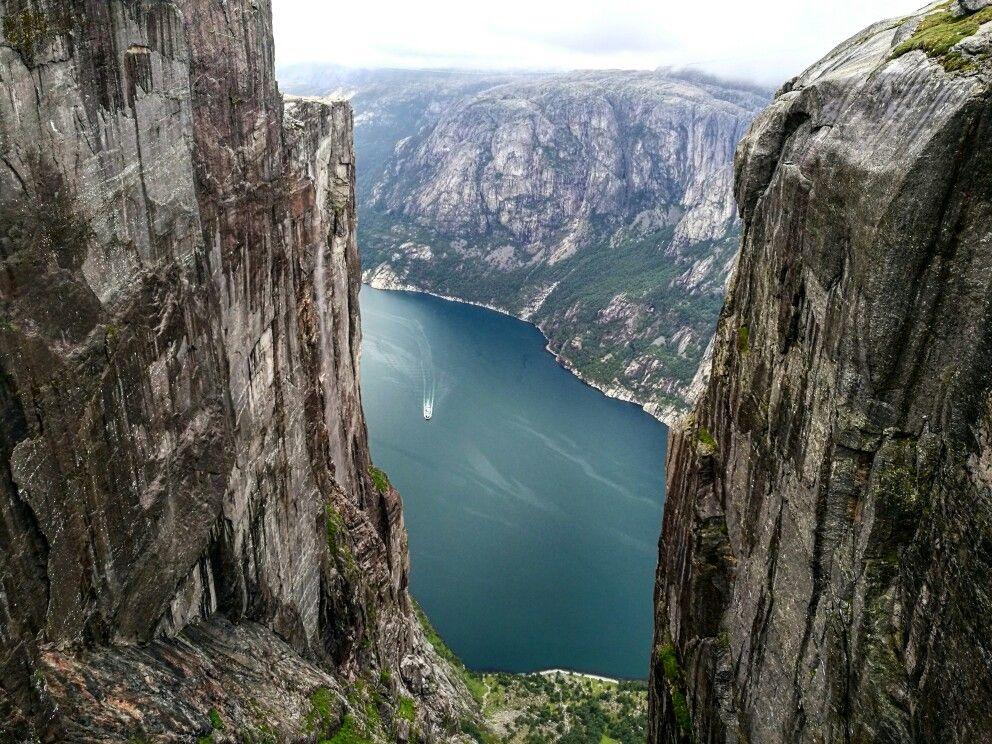 Kjerag, Norway.