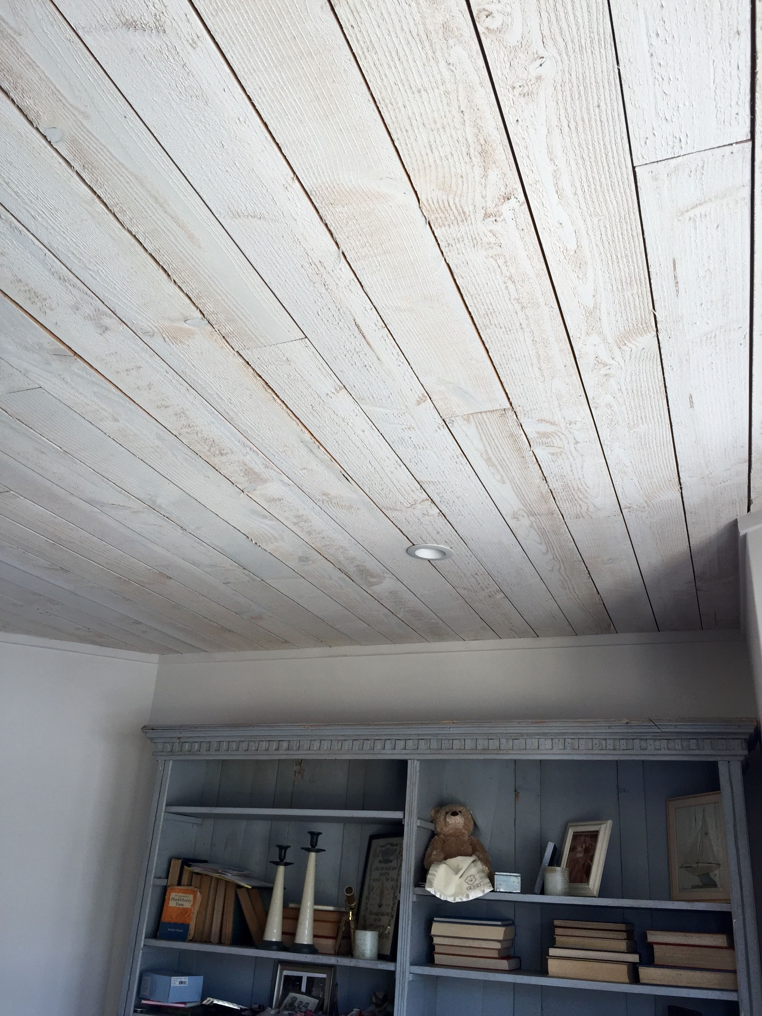 Ceiling Whitewashed Planks Rough Side