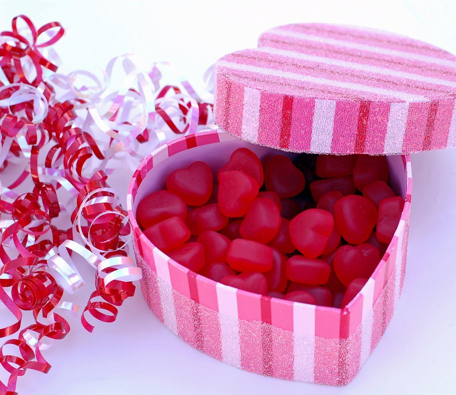 valentine-love-gift-wallpaper-hd | Valentine Day Love HD ...
