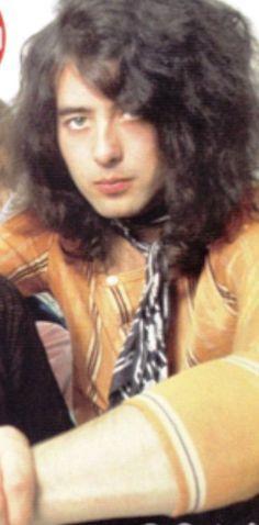 Jimmy Page beautiful rocker!!!