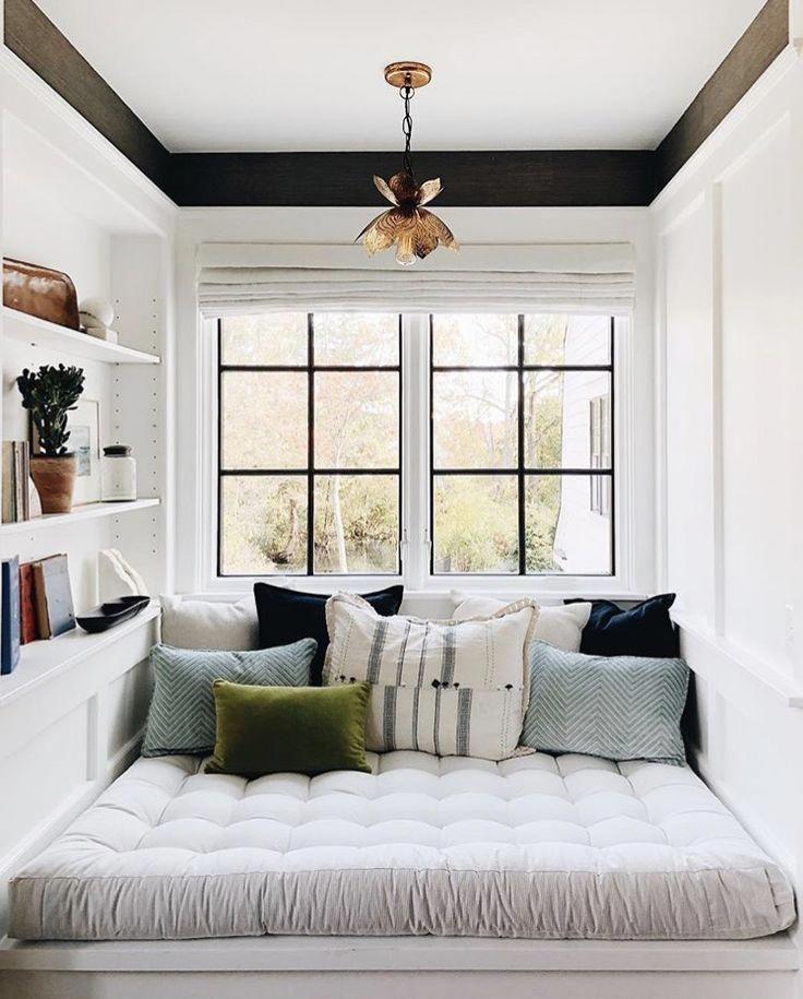 cozy reading nook #home #style #trendybedroom