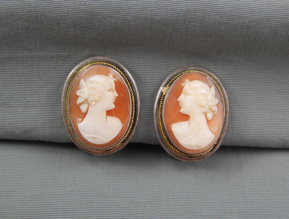 0bb15f0b9557f Vintage Art Deco Era 800 Silver Carved Shell Cameo Earrings Clip ...
