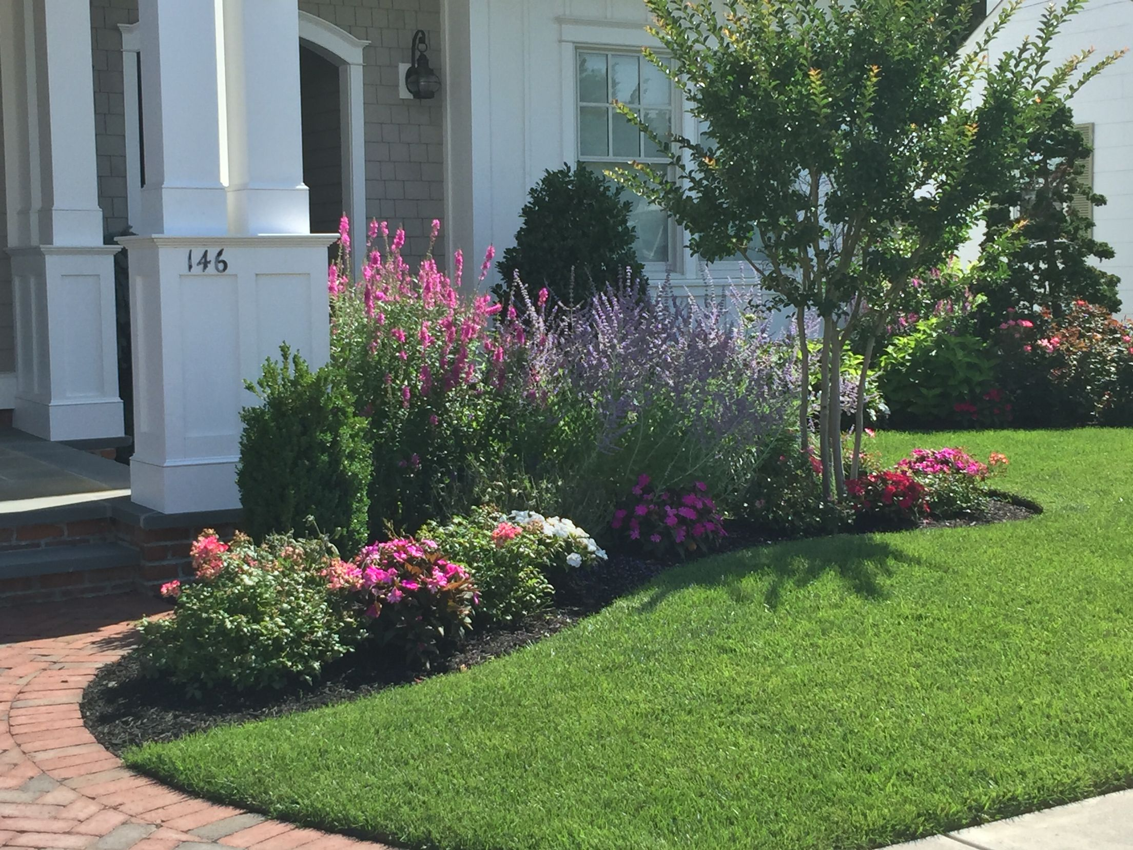 idea by karen blouch on curb appeal front yard on front yard landscaping ideas id=74753
