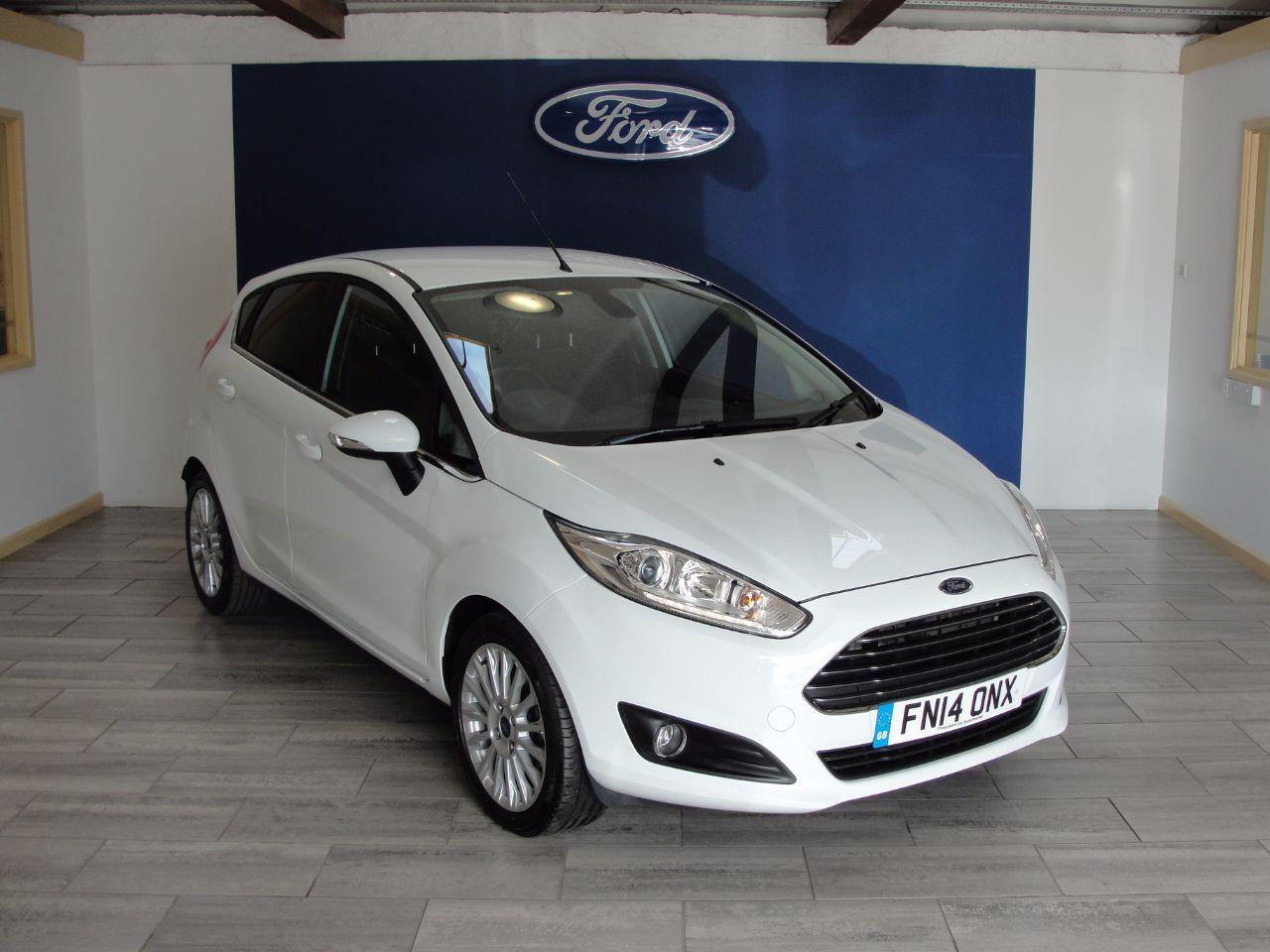 Ford Fiesta 1 0 Ecoboost Titanium 5dr Hatchback Petrol White