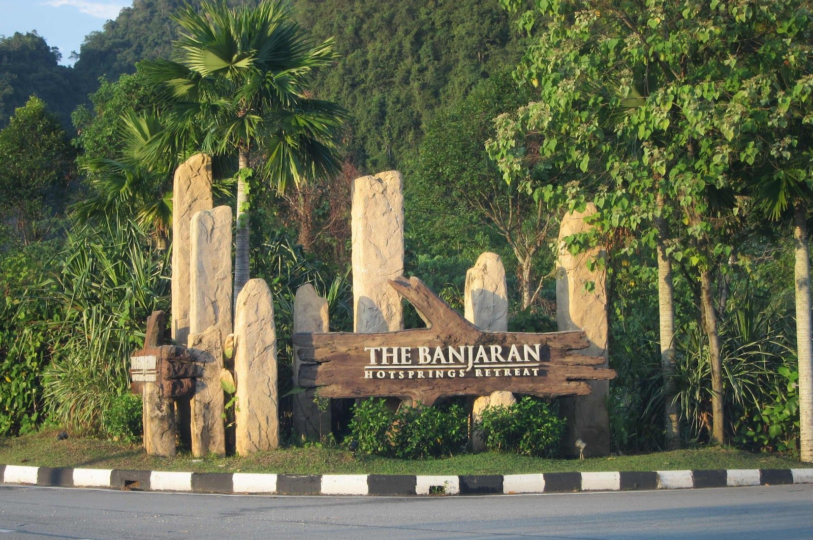 Natural Entrance The Banjaran Monument Signage Monument Signs Entrance Signage