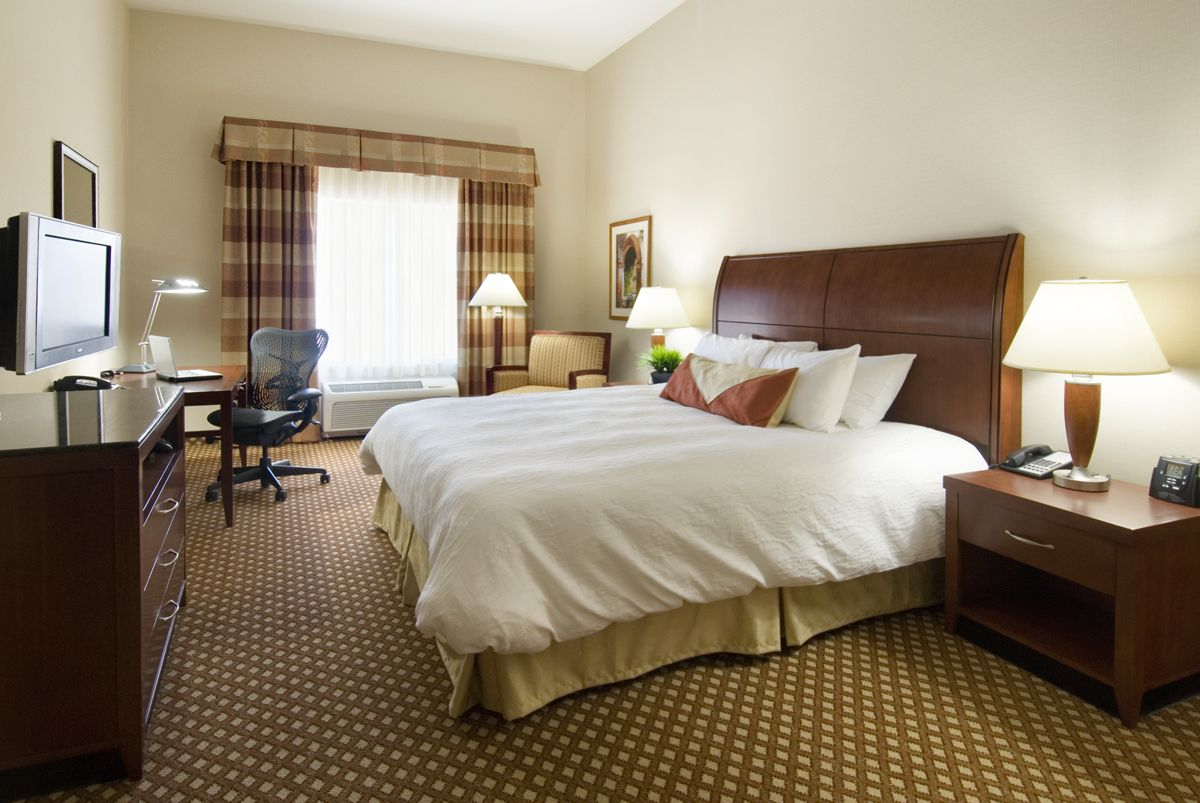 King and Double Queen Bed rooms Hilton Avondale Arizona
