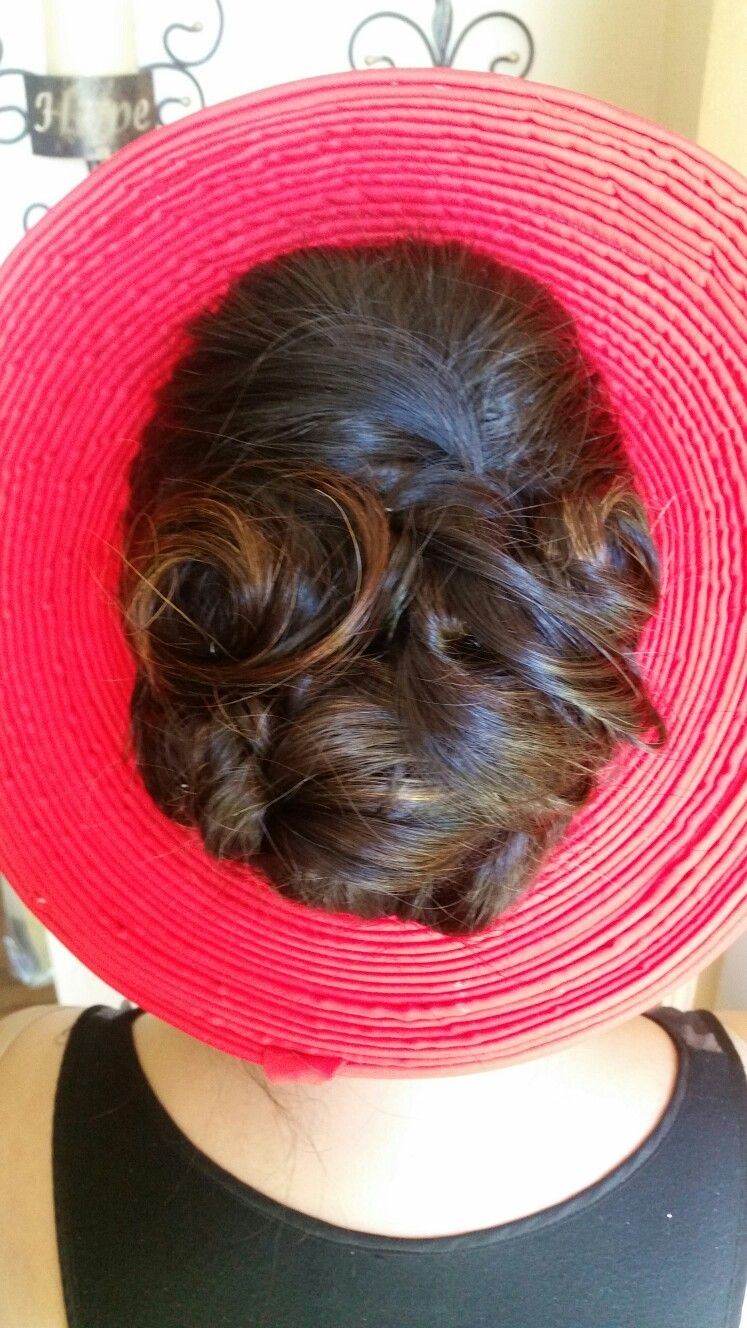 wedding hair do with the traditional vietnamese khăn đống