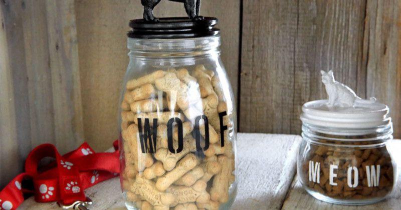 How To Make A Pet Treat Jar Craft Recipe Dog Treat Jar Treat Jars Diy Dog Treats