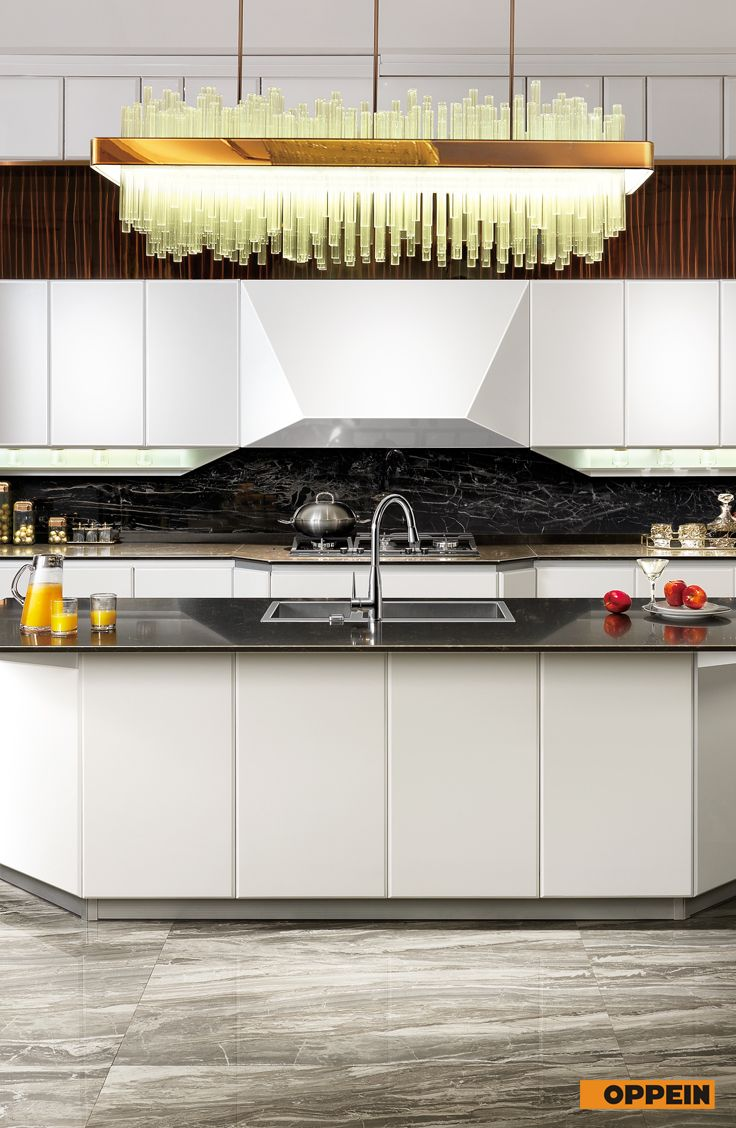 Modern White Silver Flash Lacquer Kitchen Cabinet Kitchen Design Kitchen Cabinets Kitchen