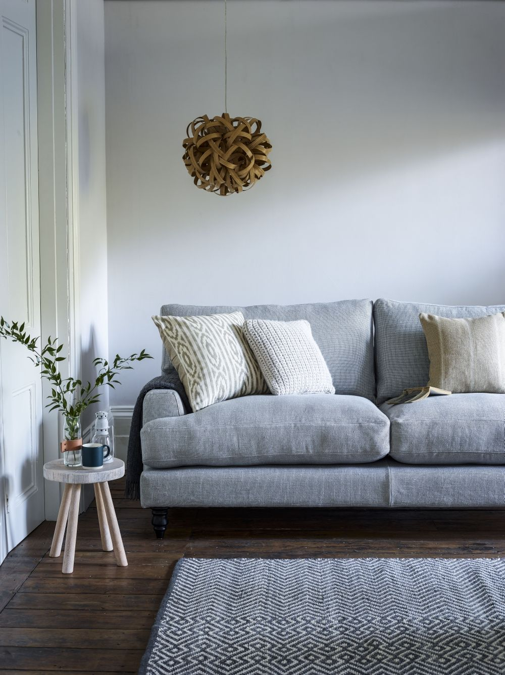 Sofa fabrics: How to choose the best upholstery for your ...
