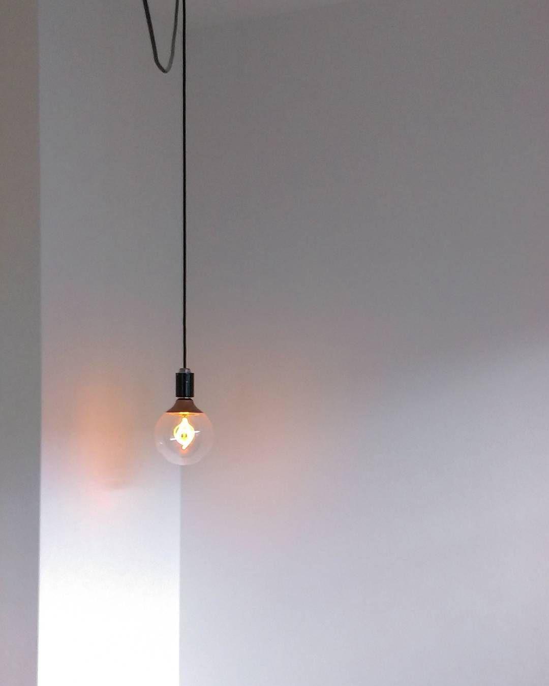 これひとつでおしゃれ部屋 Ikeaの照明のコスパがすばらしい 画像あり モダンな照明 Ikea ライト 照明