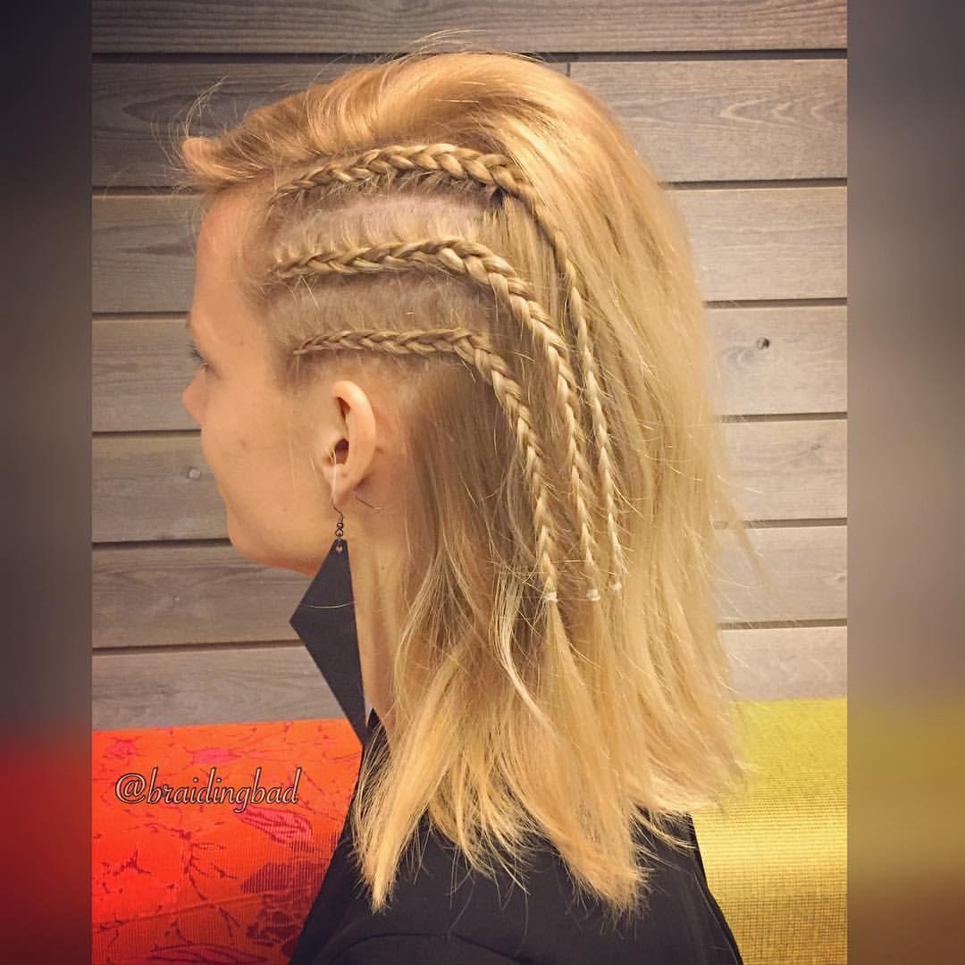 """100 tykkäystä, 11 kommenttia - Heli (@braidingbad) Instagramissa: """"#cornrows 🤘💕 . . #braidinghair #braidideas #instabraids #lettikampaus #letitys #hairdo #hairstyles…"""""""