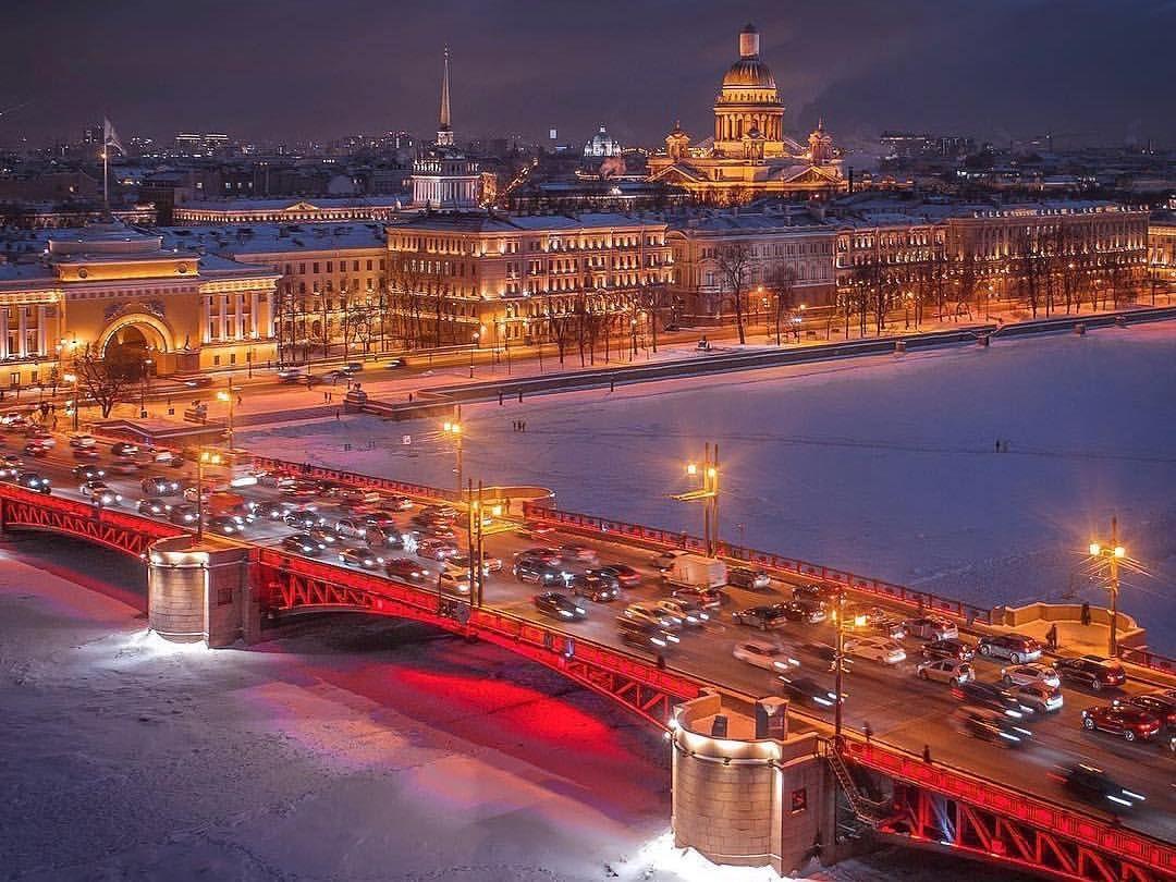 "Санкт-Петербург | Питер | СПб on Instagram: ""⠀ 📚Дворцовый ..."