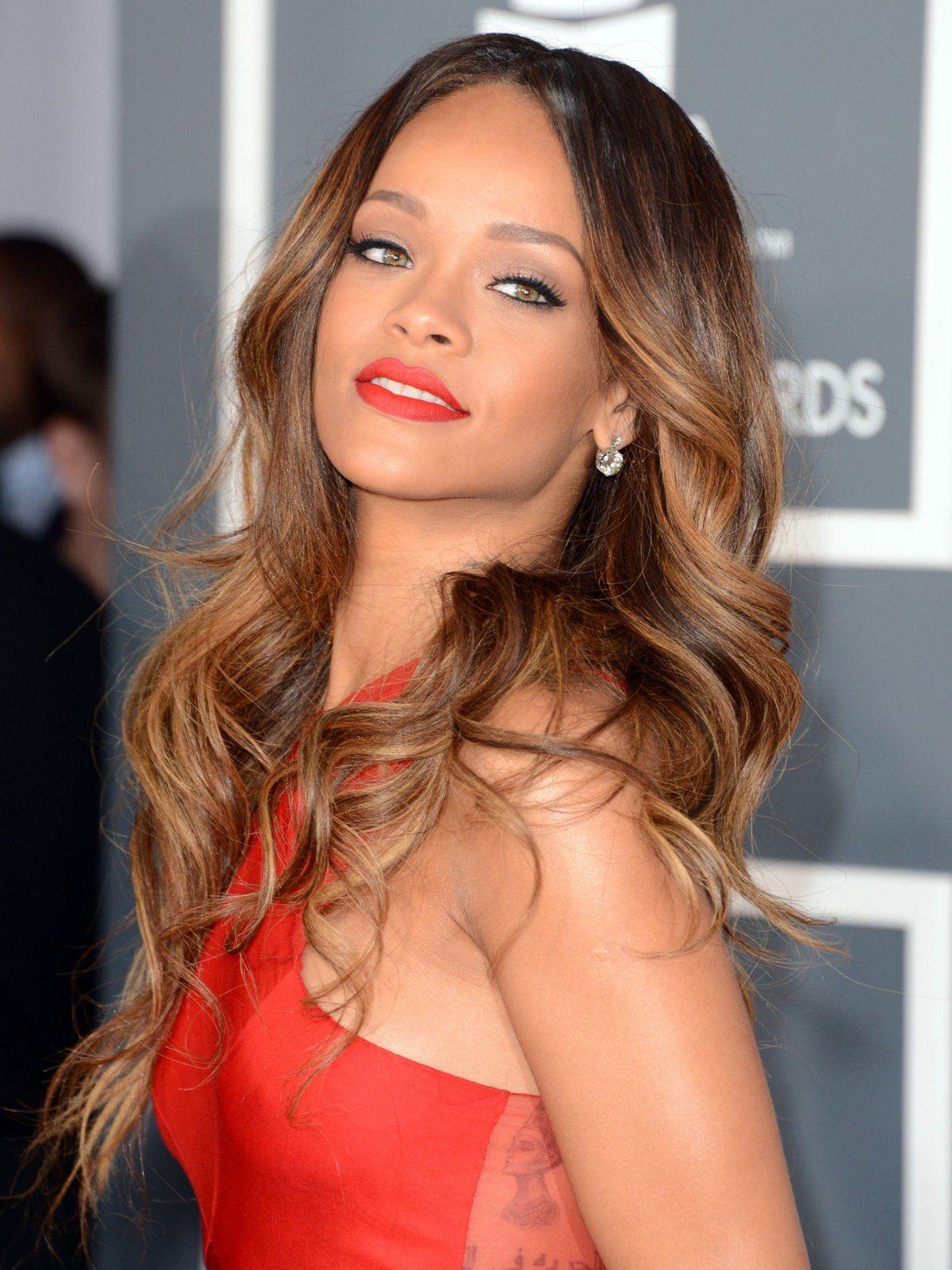 Rihanna Frisuren eine Zeitreise
